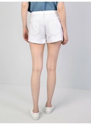 Colin's Orta Bel Kisa Slim Fit Beyaz Kadın Jean Şort Mavi